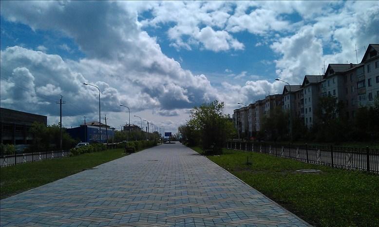 カザフスタンの新緑の街